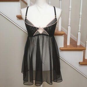 Victoria's Secret black mesh baby doll chemise M